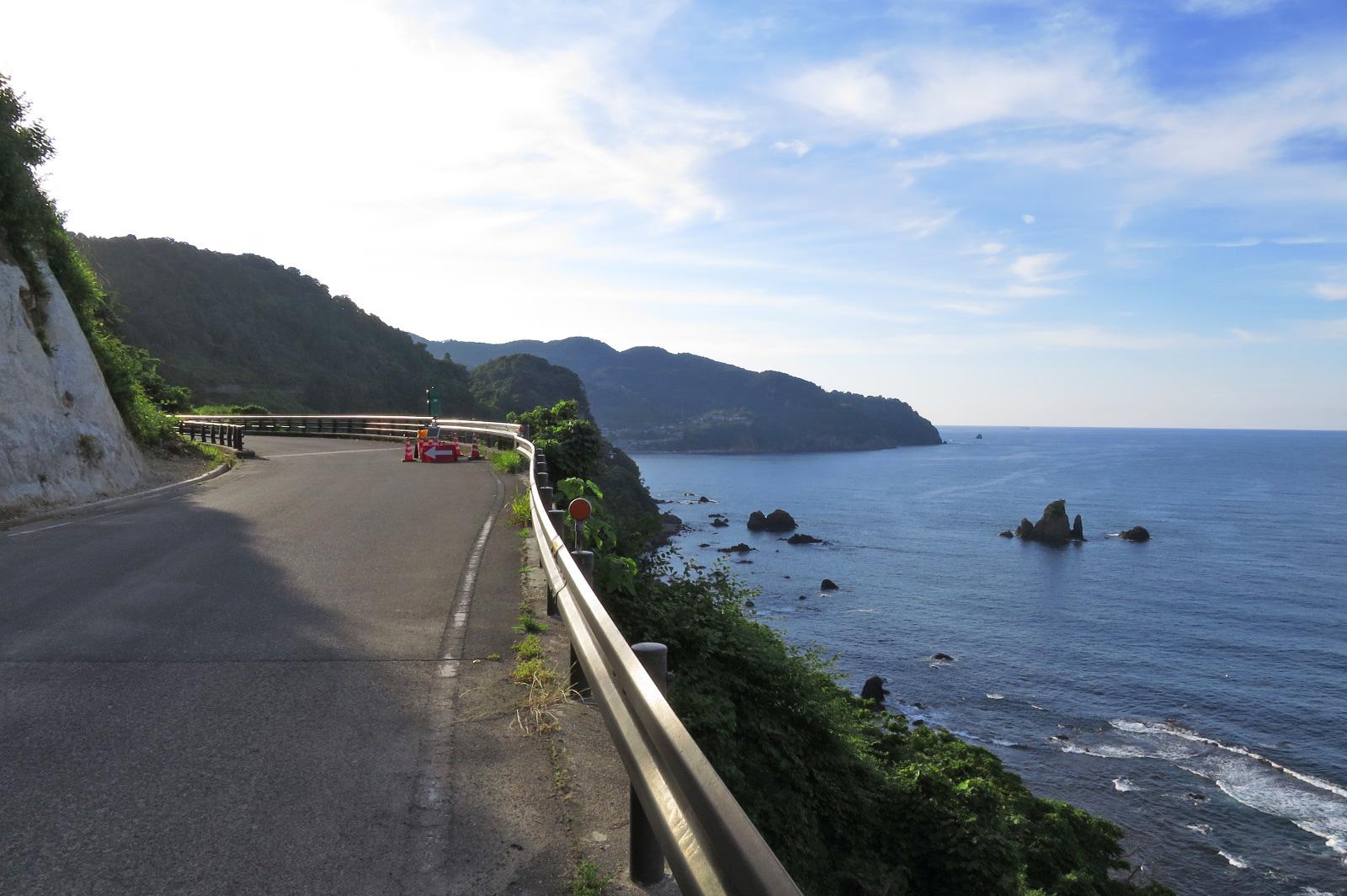 伊根町から車で40分の所にある「宇川温泉 よし野の里」に向かう途中ですが、景色も最高!!
