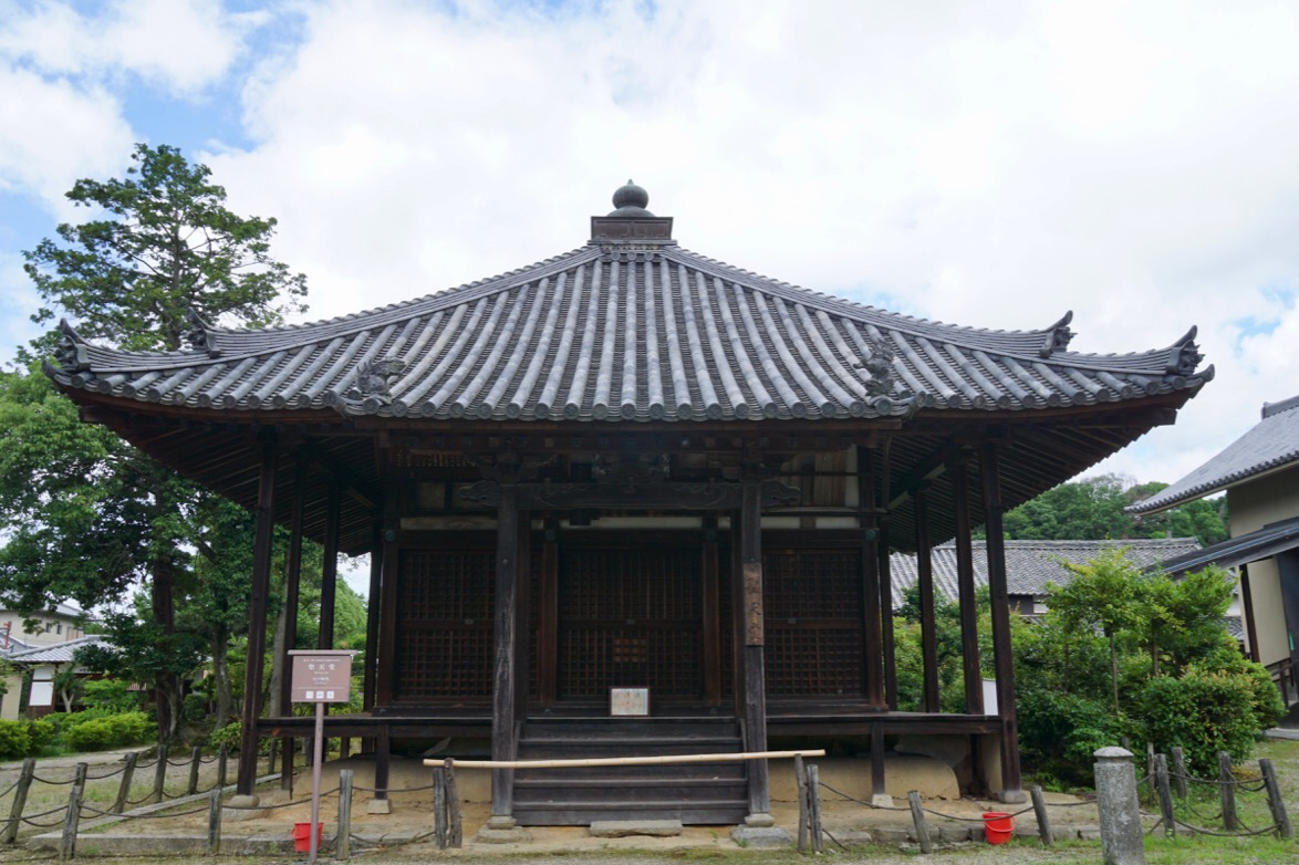 聖天堂。江戸時代のものです。