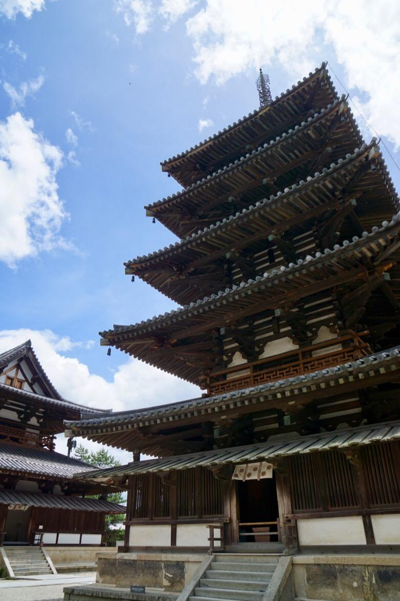 五重塔の高さは31.5m。