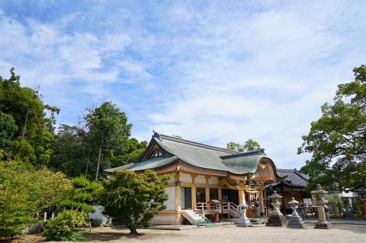 法隆寺を強風や台風から守るとされる聖徳太子ゆかりのお寺です。
