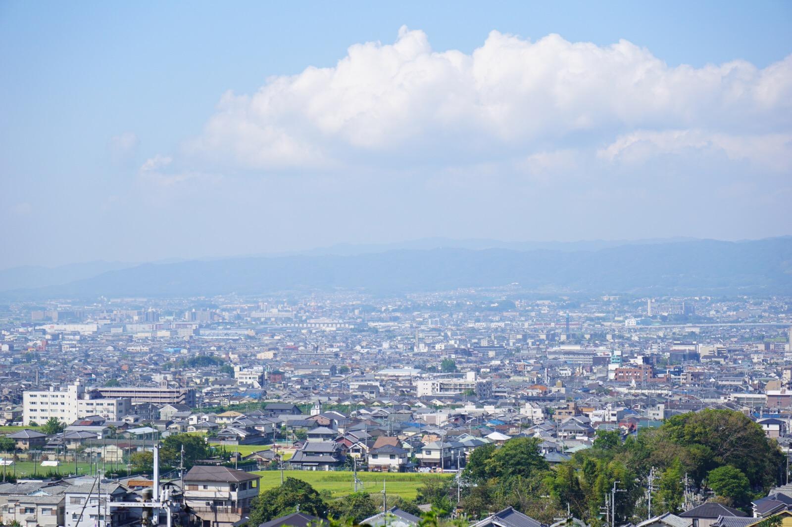 奈良市街が一望できます。