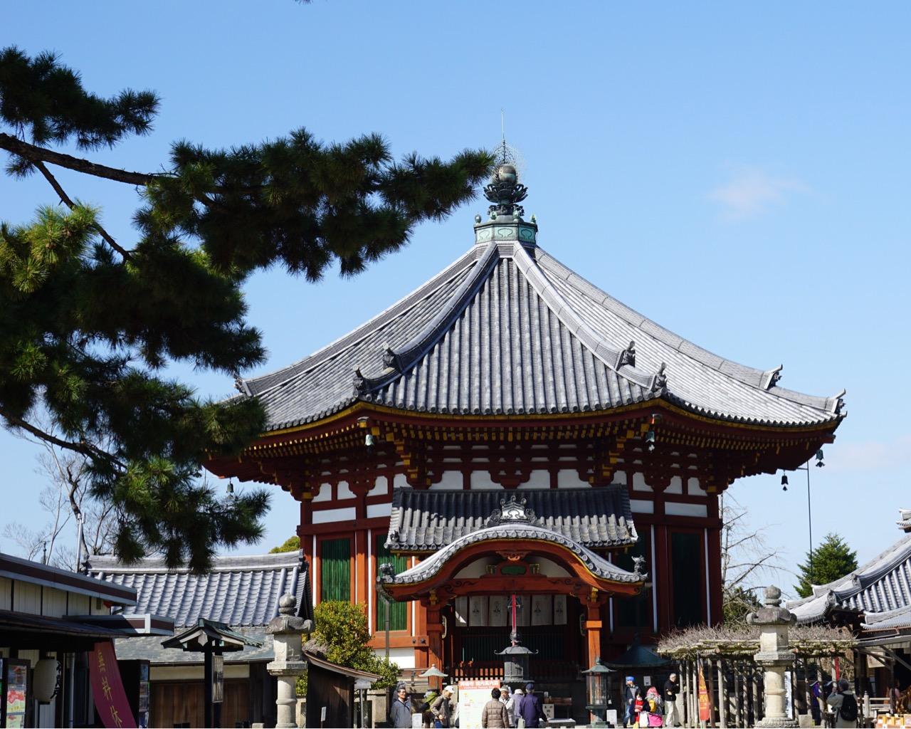 興福寺南円堂 安定して綺麗な姿です。