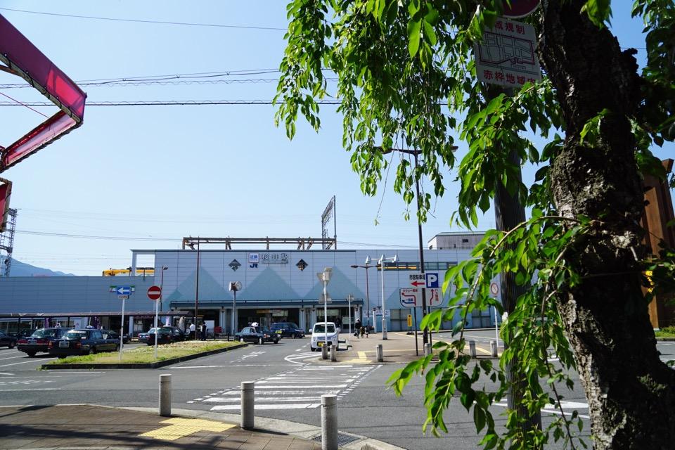 桜井駅から天理駅へ北上します。