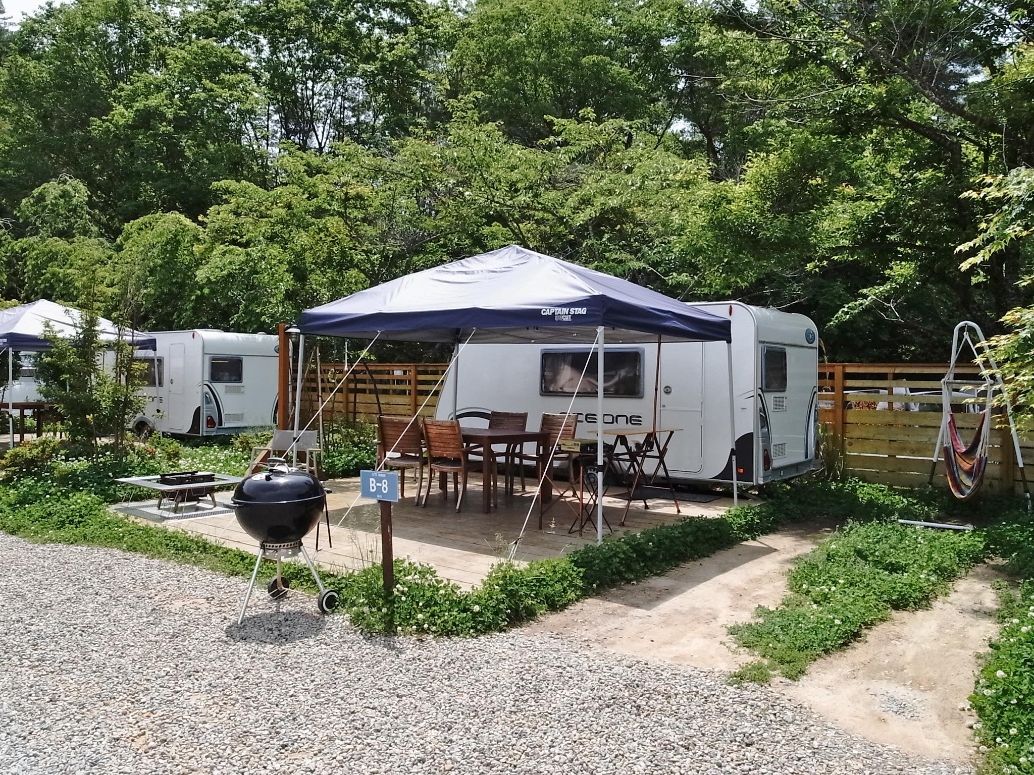 キャンプサイトは、7つの施設から選べます。これはトレーラータイプ。