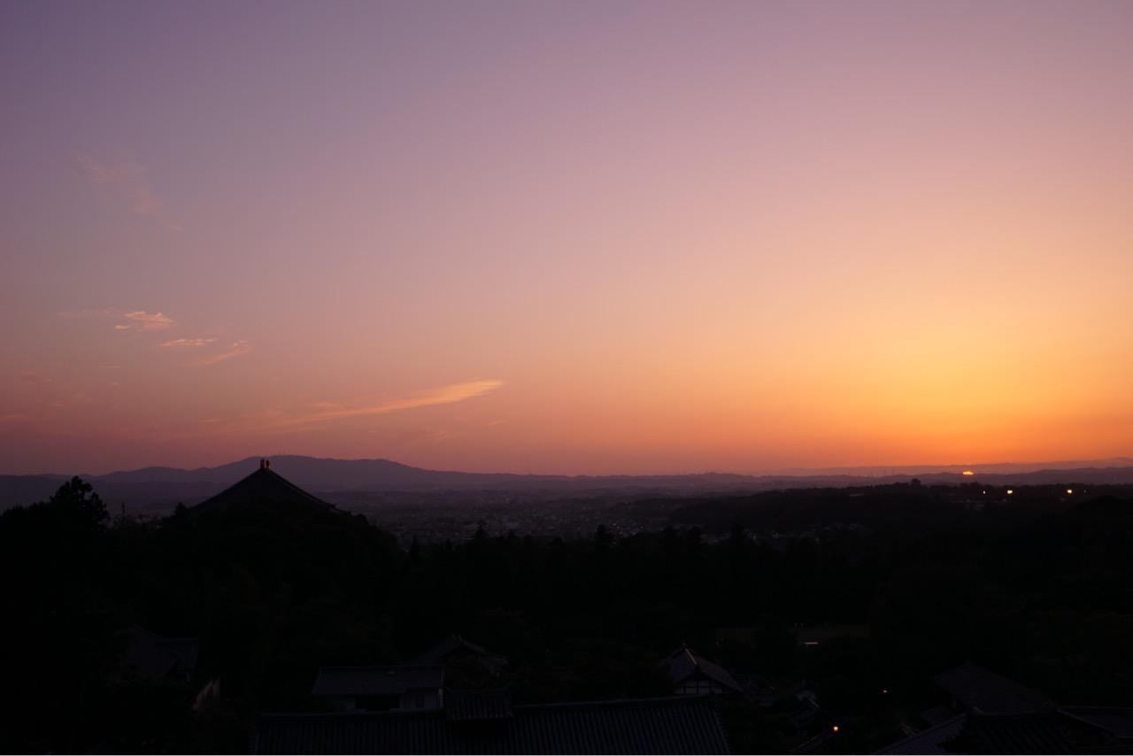 日没は19時9分。とても綺麗な夕日でした。
