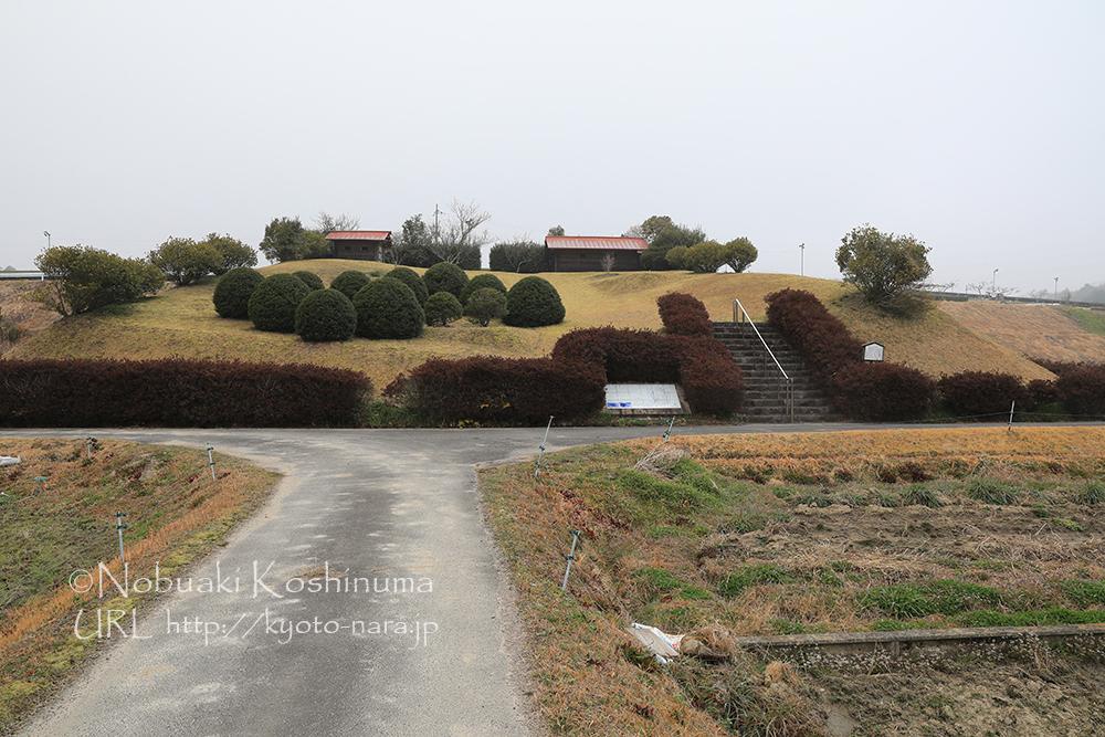 奈良時代から平安にかけての集落跡「尾山代遺跡」。奈良県の指定史跡に登録されています。近くに温泉も!