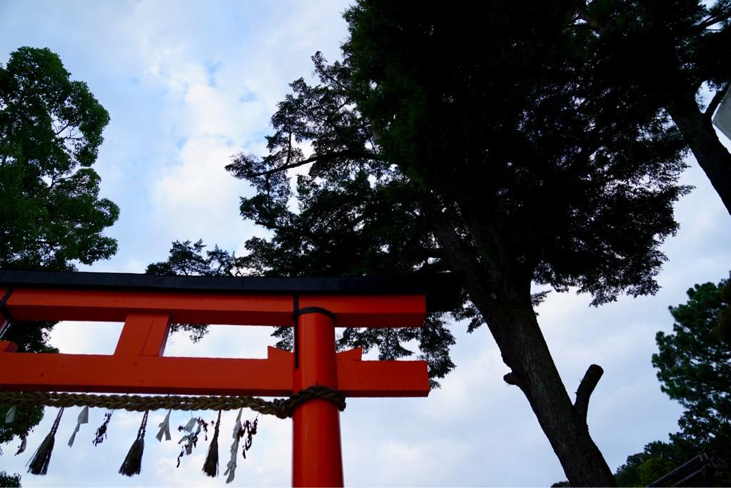 その前に上賀茂神社へ。