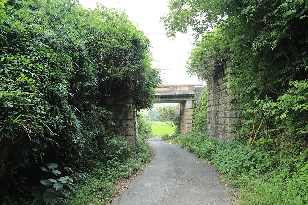 石積みで作られている観音寺橋台。なんとココで自転車トラブル発生で、帰宅することに。トホホ・・・。