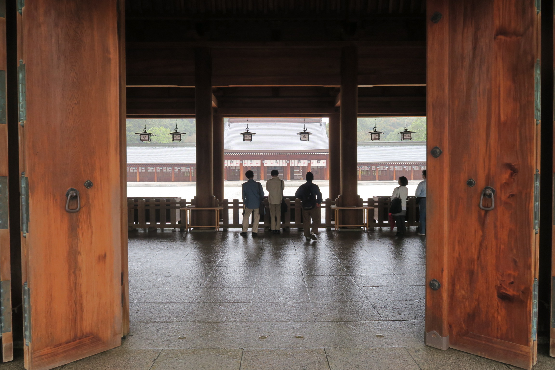 橿原神宮は、春日大社と並んで初詣の参拝者が多い神社です。