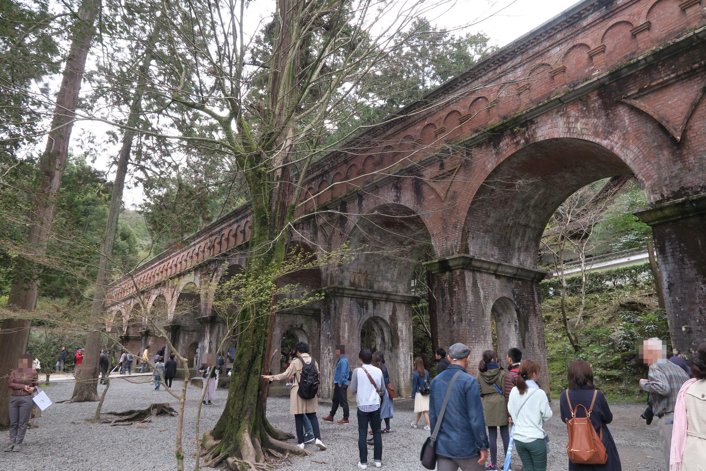 南禅寺境内にあるびわ湖疎水の水道橋。