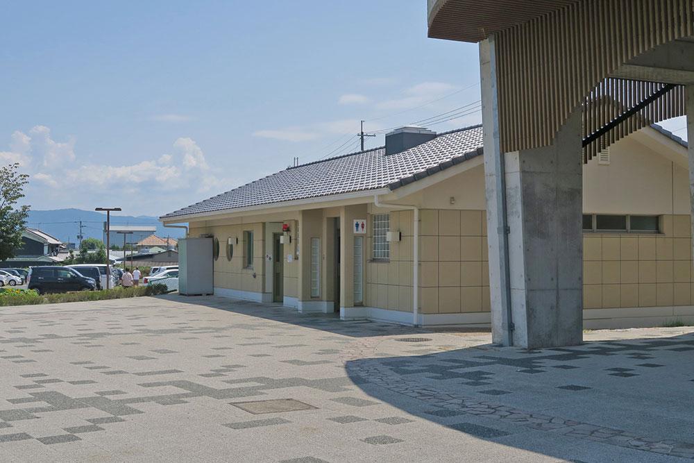 奈良県営馬見丘陵公園 トイレ