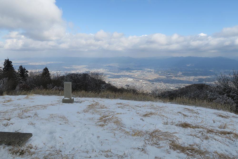 葛城高原 雪 ロープウェイ ソリ遊び