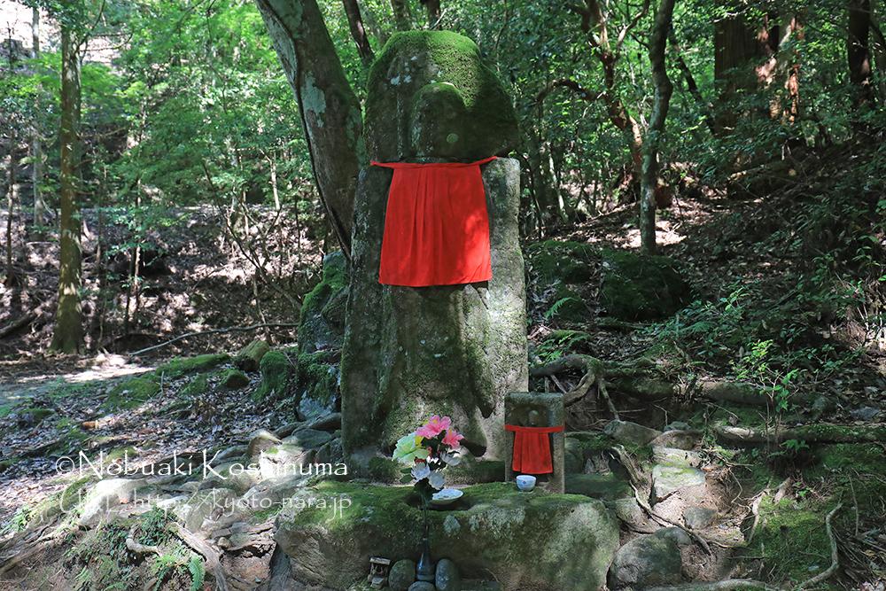 World Heritage Kasugayama Primitive Forest, Hanging Jizo