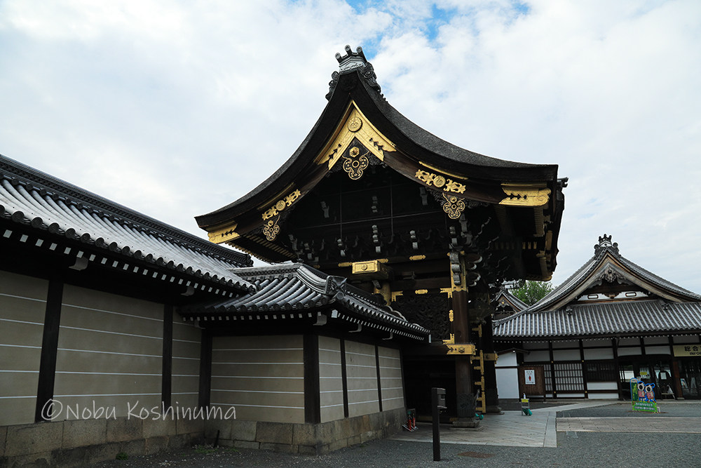 西本願寺 阿弥陀堂門(あみだどうもん)